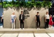 Models tragen die ALDI Kollektion von Steffen SchrautFür ALDI SÜD hat Stardesigner Steffen Schraut eine exklusive Modekollektion entworfen. Beim exklusiven Launch-Event am 5. April in der Sammlung Philara in Düsseldorf wurde bereits vor Verkaufsstart (9. April) die neue Designerkollektion zahlreichen modebegeisterten Gästen und VIPs vorgestellt. Mehr zur aktuellen Designerkollektion von ALDI SÜD unter: aldi-inspiriert.de/steffenschraut